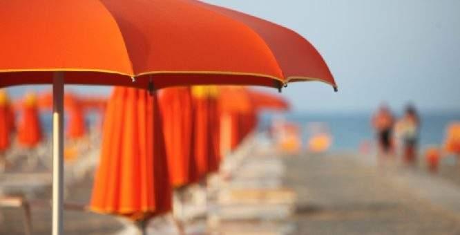 Ombrelloni Per La Spiaggia.Ombrelloni Spiaggia Info Cilento