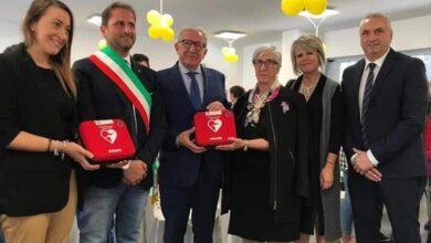 Photo of La Fondazione Monte Pruno dona due defibrillatori