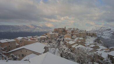 Photo of FOTO | Vallo di Diano e Alburni si risvegliano con la neve