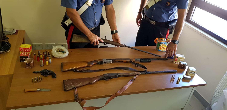 Morigerati: armi nascoste in casa e nel pollaio, arrestato - Info ...