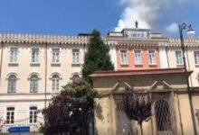 Photo of Paura a Vallo della Lucania: incendio sul tetto del palazzo vescovile
