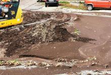 Photo of Teggiano: strada invasa da detriti e fango, al via la pulizia